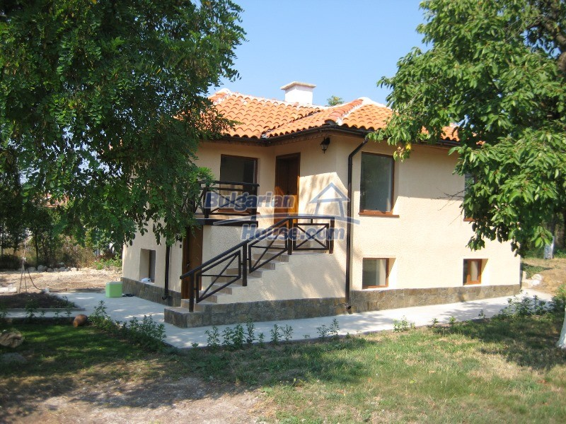 11137:2 - Nice renovated rural house near a golf course, Elhovo