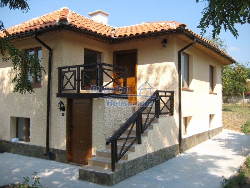 11137:1 - Nice renovated rural house near a golf course, Elhovo