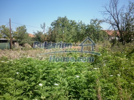 12753:29 - Rural Bulgarian property near river and 35 km from Vratsa city