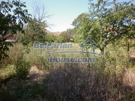 12753:30 - Rural Bulgarian property near river and 35 km from Vratsa city