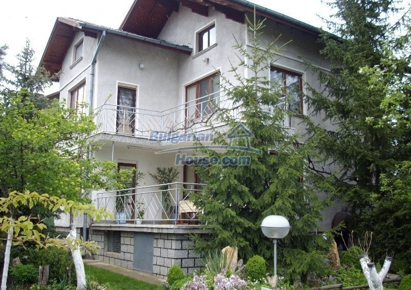 12664:1 - Big house for sale with beautiful mountain views, Sofia district