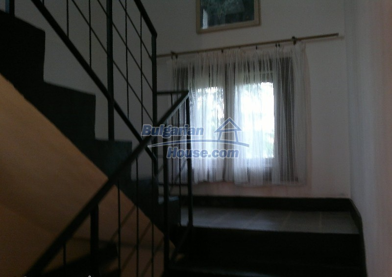 12664:3 - Big house for sale with beautiful mountain views, Sofia district