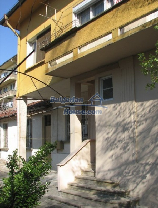 12027:4 - Huge well maintained house in the centre of Stara Zagora