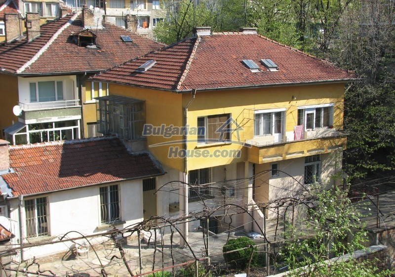 12027:2 - Huge well maintained house in the centre of Stara Zagora