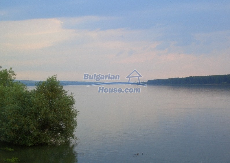 12041:9 - Nice and spacious house near Danube River – scenic surroundings