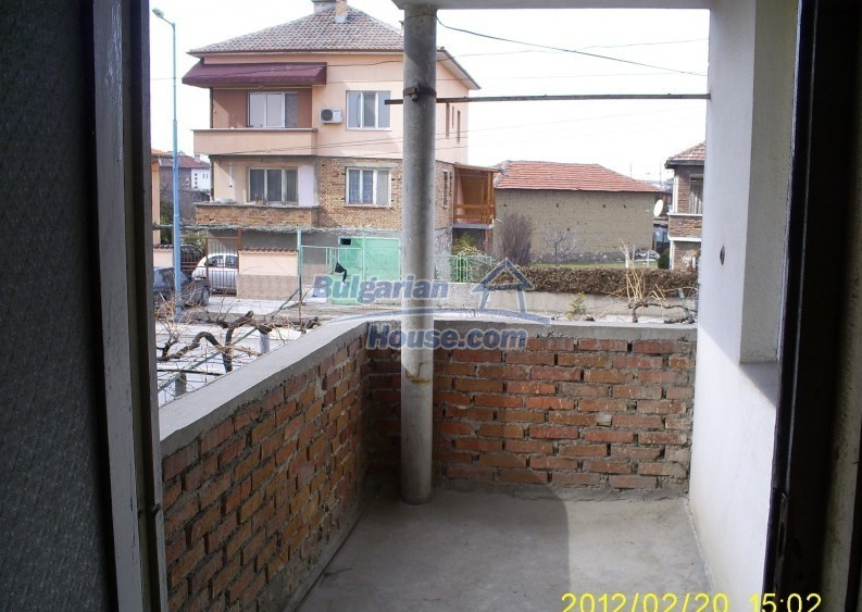 12006:5 - Well presented house with nice garden 20 km away from Plovdiv