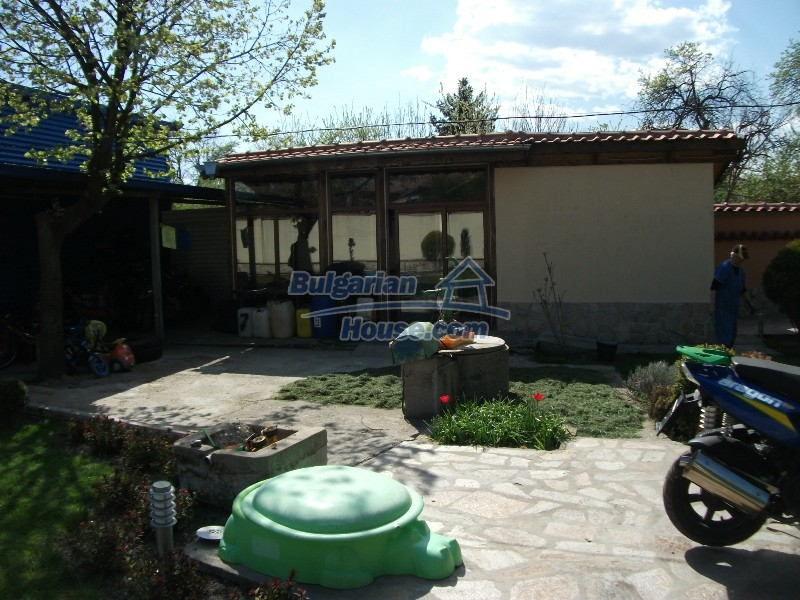 12008:15 - Cozy Bulgarian house with swimming pool in Stara Zagora region