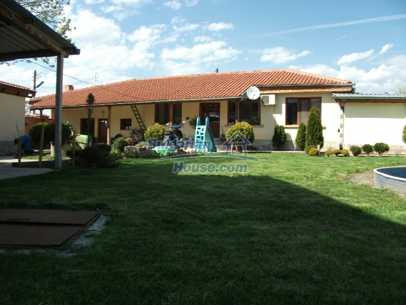 12008:3 - Cozy Bulgarian house with swimming pool in Stara Zagora region