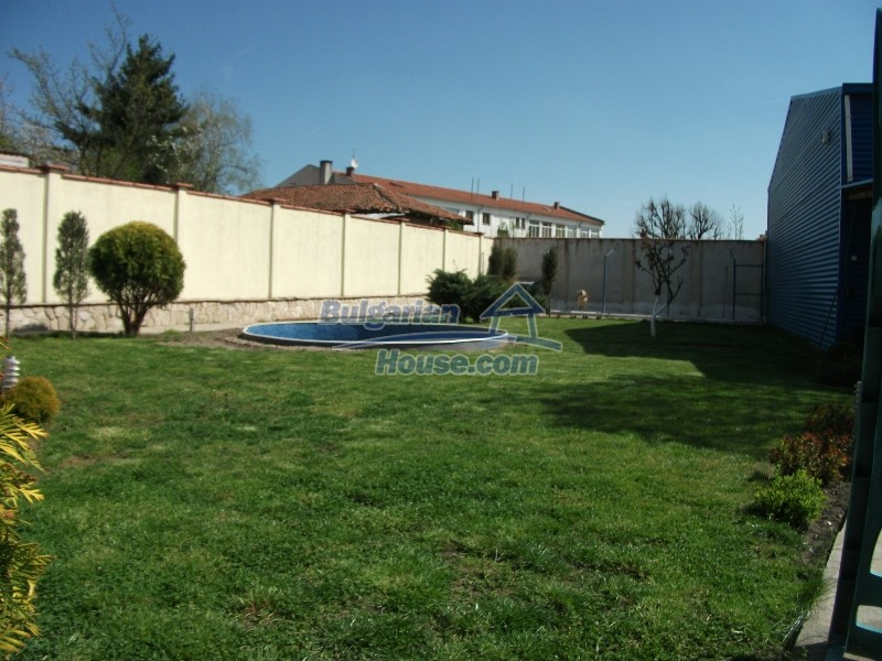 12008:12 - Cozy Bulgarian house with swimming pool in Stara Zagora region