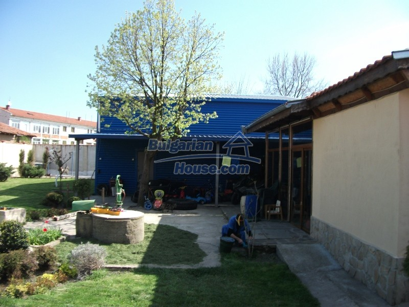 12008:20 - Cozy Bulgarian house with swimming pool in Stara Zagora region