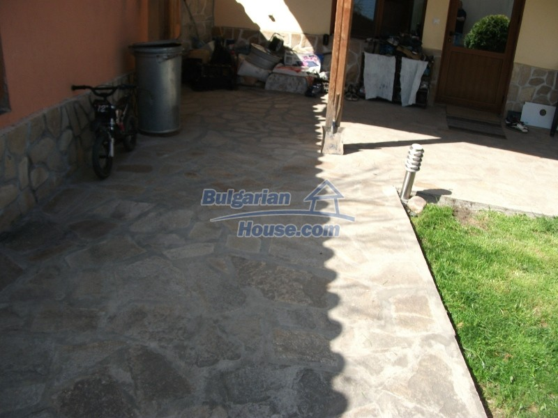 12008:19 - Cozy Bulgarian house with swimming pool in Stara Zagora region