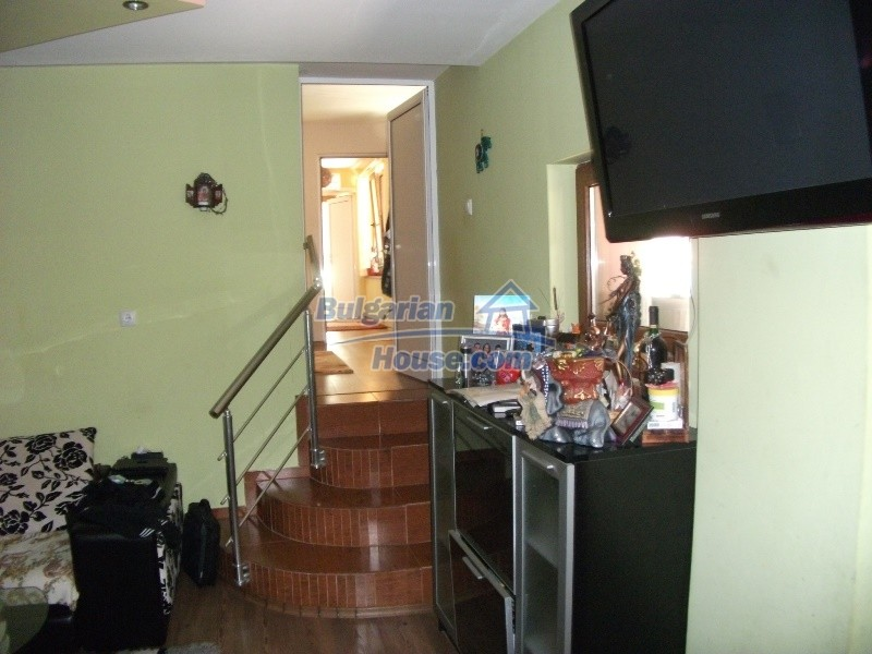12008:34 - Cozy Bulgarian house with swimming pool in Stara Zagora region