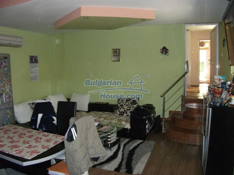 12008:33 - Cozy Bulgarian house with swimming pool in Stara Zagora region