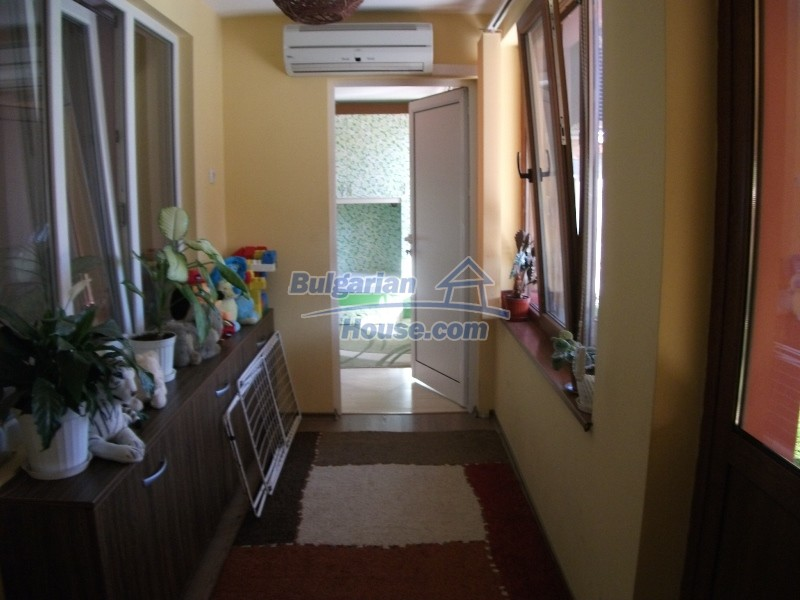 12008:46 - Cozy Bulgarian house with swimming pool in Stara Zagora region