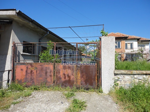 11057:16 - Cheap two-storey house in a green countryside, Yambol region