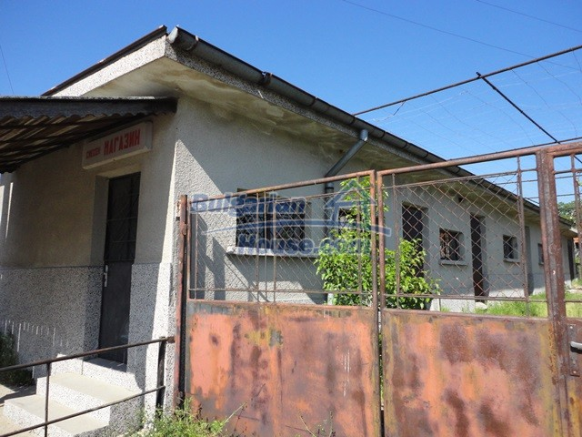 11057:19 - Cheap two-storey house in a green countryside, Yambol region