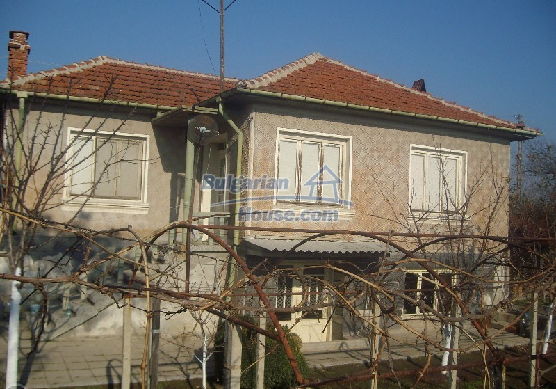 11160:1 - Cozy Bulgarian property near Stara Zagora, good investment