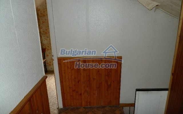 11073:5 - Nice house in a village on the slope of the Balkan mountains