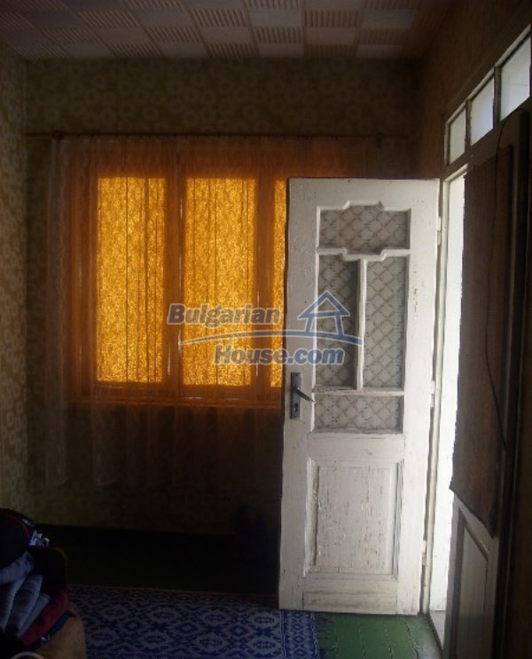 11160:13 - Cozy Bulgarian property near Stara Zagora, good investment