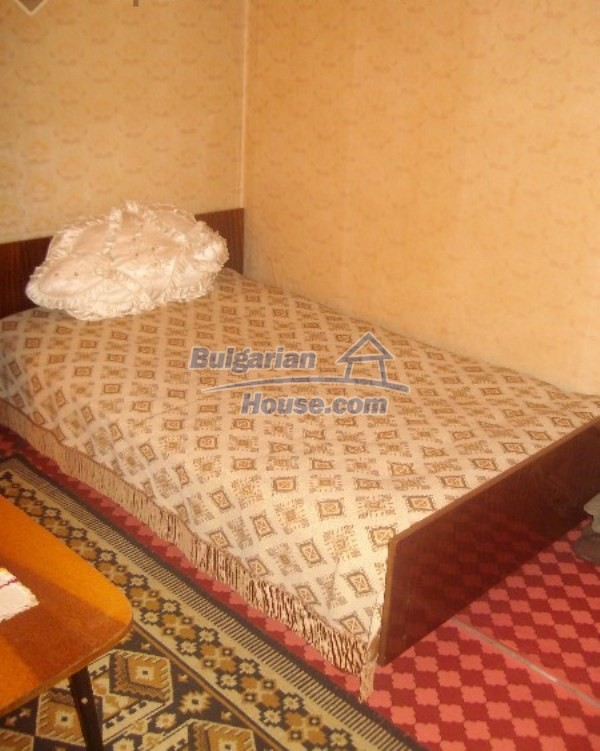 11160:15 - Cozy Bulgarian property near Stara Zagora, good investment