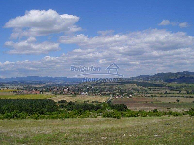 11160:18 - Cozy Bulgarian property near Stara Zagora, good investment