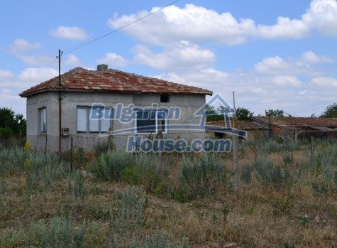 12336:5 - Bulgarian house for sale only 1km to the sea and 7km to Kavarna