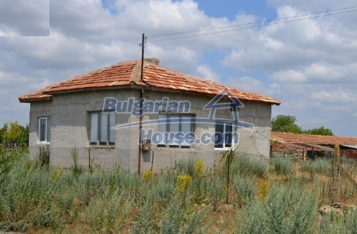 12336:2 - Bulgarian house for sale only 1km to the sea and 7km to Kavarna