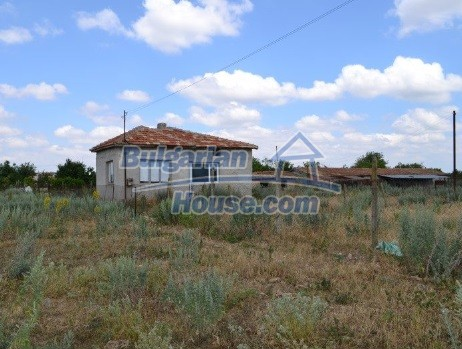 12336:6 - Bulgarian house for sale only 1km to the sea and 7km to Kavarna