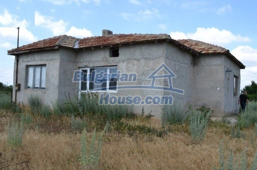 12336:9 - Bulgarian house for sale only 1km to the sea and 7km to Kavarna