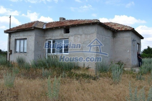 12336:8 - Bulgarian house for sale only 1km to the sea and 7km to Kavarna