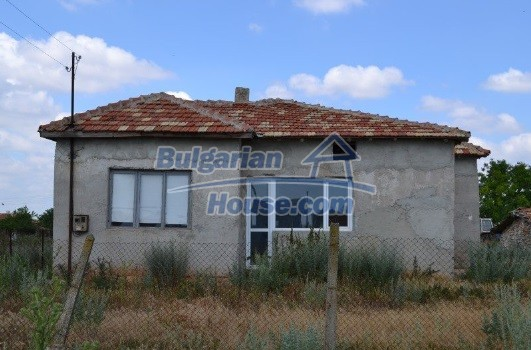 12336:4 - Bulgarian house for sale only 1km to the sea and 7km to Kavarna