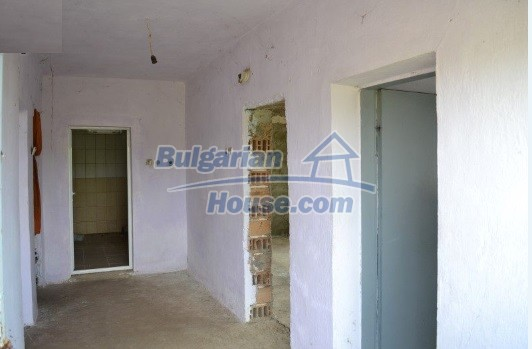 12336:31 - Bulgarian house for sale only 1km to the sea and 7km to Kavarna