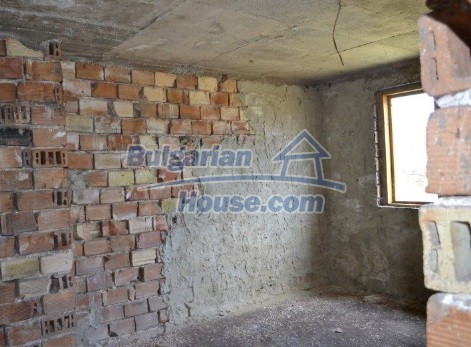 12336:21 - Bulgarian house for sale only 1km to the sea and 7km to Kavarna