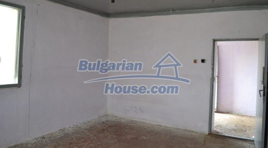 12336:16 - Bulgarian house for sale only 1km to the sea and 7km to Kavarna
