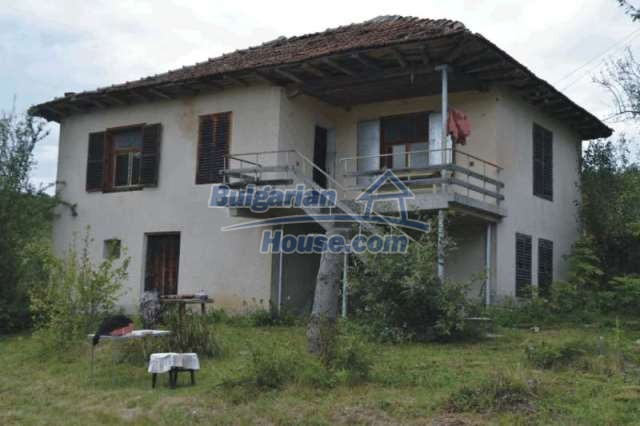 12327:3 - Property in Sliven region with lovely views 3000 sq.m garden