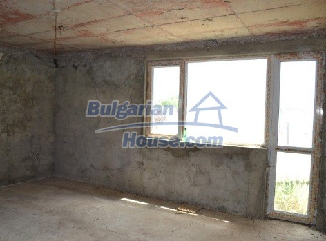 12336:18 - Bulgarian house for sale only 1km to the sea and 7km to Kavarna