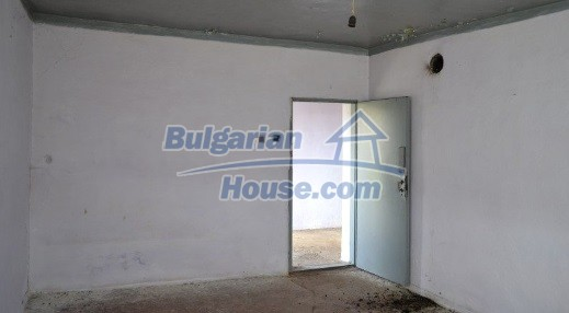 12336:15 - Bulgarian house for sale only 1km to the sea and 7km to Kavarna