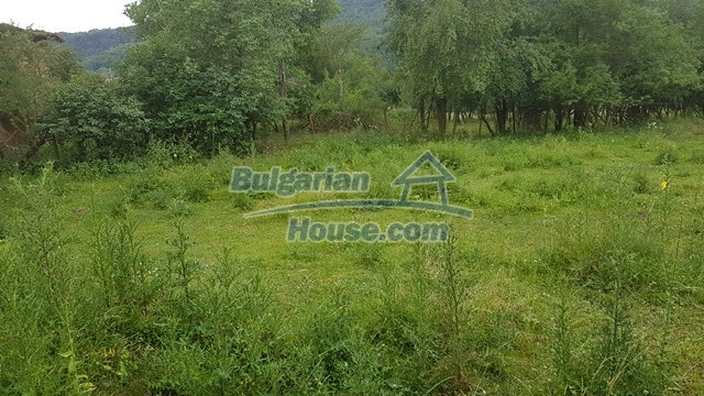 12327:66 - Property in Sliven region with lovely views 3000 sq.m garden