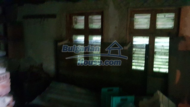 12327:63 - Property in Sliven region with lovely views 3000 sq.m garden
