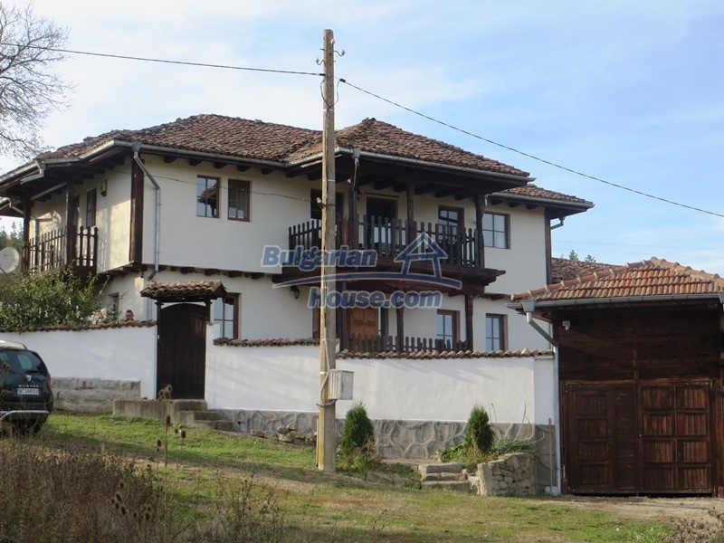 12637:3 - Beautiful 4 bedroom property with stunning mountain views, Elena