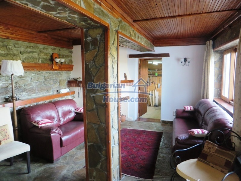 12637:20 - Beautiful 4 bedroom property with stunning mountain views, Elena