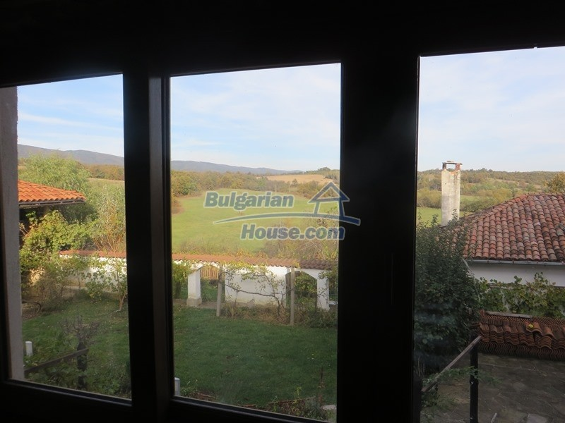 12637:19 - Beautiful 4 bedroom property with stunning mountain views, Elena