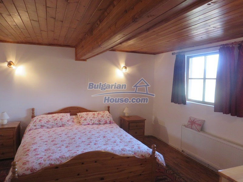 12637:36 - Beautiful 4 bedroom property with stunning mountain views, Elena