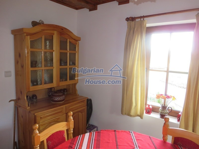 12637:29 - Beautiful 4 bedroom property with stunning mountain views, Elena