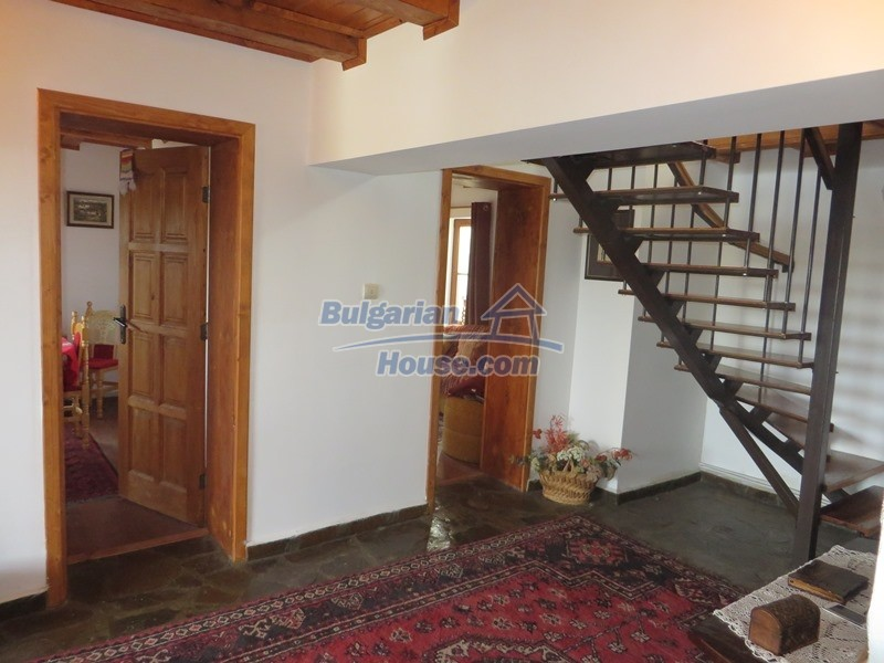 12637:25 - Beautiful 4 bedroom property with stunning mountain views, Elena