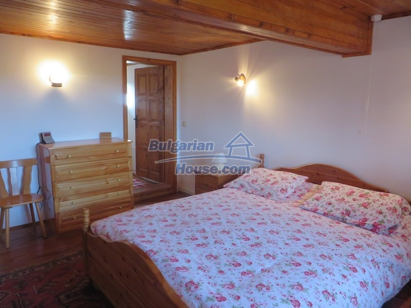 12637:37 - Beautiful 4 bedroom property with stunning mountain views, Elena