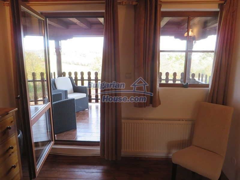 12637:60 - Beautiful 4 bedroom property with stunning mountain views, Elena