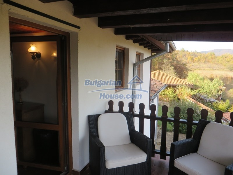 12637:53 - Beautiful 4 bedroom property with stunning mountain views, Elena