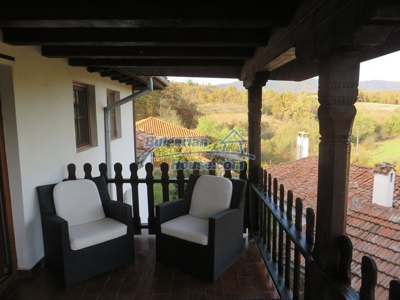 12637:52 - Beautiful 4 bedroom property with stunning mountain views, Elena