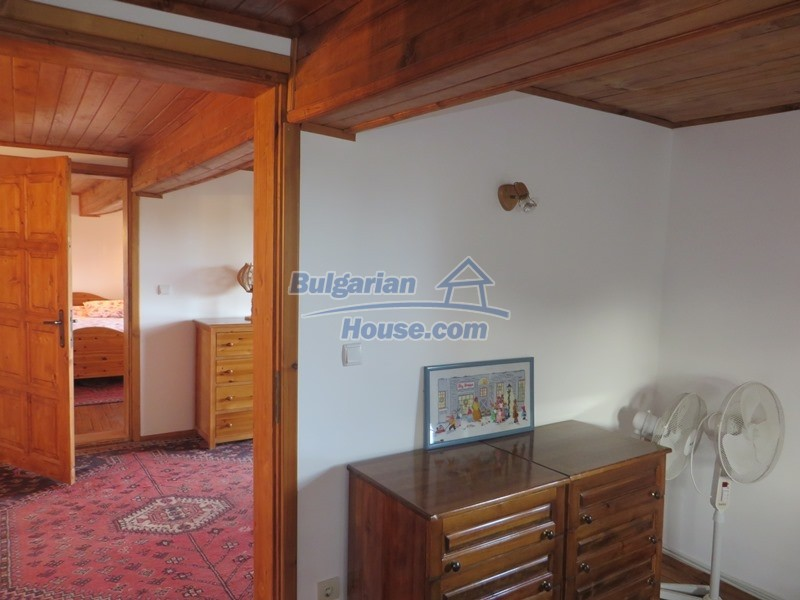 12637:64 - Beautiful 4 bedroom property with stunning mountain views, Elena
